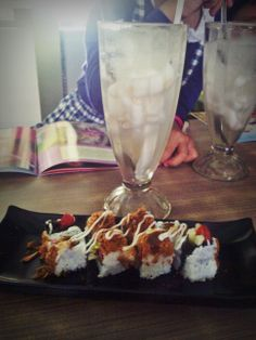 sushiiiii yuuum :)