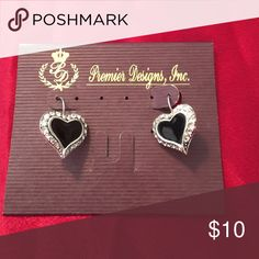 Premier Sweetheart earing Beautiful fishhook earring are antique silver plated with crystals and enamel heart shaped face Premier Designs Jewelry Earrings