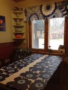 Keittiön uusi kevätilme. Valance Curtains, Home Decor, Decoration Home, Room Decor, Valence Curtains, Interior Decorating