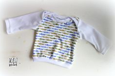 kostenlose Anleitung und Schnittmuster! Babyoberteil / Longsleeve / Babyshirt nähen, Gr. 62-80! *einfach und schnell zu nähen* amerikanischer Ausschnitt! :)