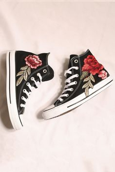 05e8c4443a29f Custom black converse rose all star high tops. Scarpe ConverseConverse  PersonalizzateScarpe ...