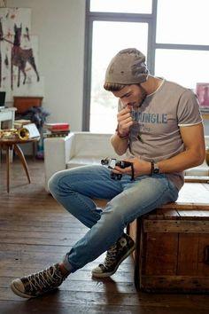 Yakışıklı erkek model