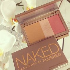 I love this duo & I own it. I love that it has a bronzer used for contouring the cheeks, a highlighter & a blush. <3