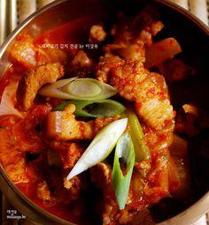 [김치전골]맛깔진 돼지고기 김치 전골 만드는 법 by 미상유 – 레시피 | Daum 요리