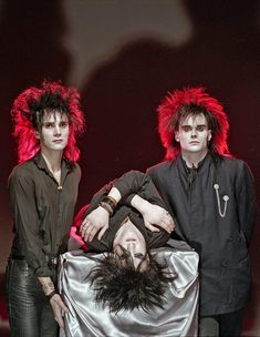 The men of goth and post-punk are undeniably some of the most beautiful male specimens to have graced a stage or have played an instrument. In fact, some of them wear… Vintage Goth, New Wave Music, Good Music, Gene Loves Jezebel, Moda Punk, Modern Goth, Skinny Puppy, 80s Goth, Goth Bands