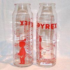 Glass Baby Bottles, Retro Ads, Vespa, Childhood Memories, Baby Items, Kid, Decoration, Pyrex, Antiquities