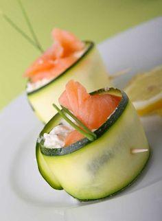 Recette facile pour apéritif chic : Roulés de saumon au concombre pour apéritif dinatoire. Recette rapide et healthy avec le saumon Pure origine de Kritsen.