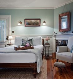 Guest Room - traditional - bedroom - boston - Solomon+Bauer+Giambastiani Architects
