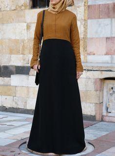 SHUKR USA   Zipped Color Block Abaya