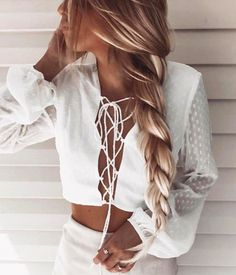 x lace-up top + white + sleeves