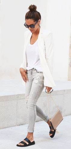 light grey jeans from Zara, white blazer from Mango, bag from Purification Garcia and sunglasses from Fendi