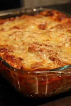 The Best Lasagna EVER! Cheesy, easy goodness!