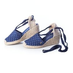 "VISCATA Escala 2.5"" Heel, Soft Ankle-Tie, Closed Toe, Classic Espadrilles Heel Made in Spain Mas info: http://www.comprargangas.com/producto/viscata-escala-2-5-heel-soft-ankle-tie-closed-toe-classic-espadrilles-heel-made-in-spain/"
