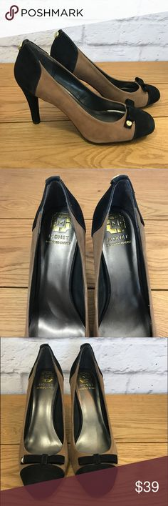 """Black and Tan Pumps with Bow and Gold Accents Black and Tan Pumps with Bow and Gold Accents by Monet. Leather upper. 3 3/4"""" Heel. Great condition. Monet Shoes Heels"""