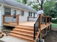 Best Small deck designs ideas that you can make at home! small deck ideas on a budget, small deck ideas decorating, small deck ideas porch design, small deck ideas with stairs Small Deck Designs, Patio Deck Designs, Patio Design, Small Decks, Small Backyard Decks, Deck Design Plans, Deck Railing Design, Porch Designs, Deck Plans