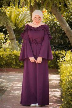 Styles to sew Fancy Dress Design, Stylish Dress Designs, Designs For Dresses, Modest Fashion Hijab, Abaya Fashion, Fashion Dresses, Mode Abaya, Muslim Women Fashion, Hijab Fashionista