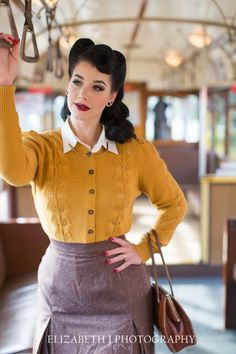 Burgundily smiling ravenette in mustard cable knit sweater, mauve pleated pencil. - Burgundily smiling ravenette in mustard cable knit sweater, mauve pleated pencil with cherry nails, - Rockabilly Mode, Rockabilly Fashion, Retro Mode, Vintage Mode, Vintage Style, Dress Dior, Burlesque Vintage, Pullover Rock, Pin Up Style