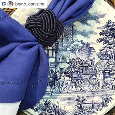 #Repost @bruno_carvalho with @repostapp. ・・・ BC para @casa_campos  #windowsstore #designbrasileiro #homedecor #lifestyle #visualmerchandising  #design #showcase #beautiful #colors #flowers #interiordesign #magazine