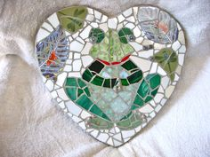 Frog garden stone from stained glass and china, by Ada