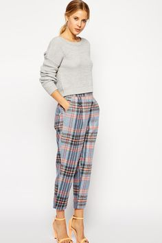 Discover women's pants with ASOS. Shop for the latest chinos, leggings and pants with ASOS Peg Trousers, Checked Trousers, Tapered Trousers, Wool Pants, Asos, Corporate Fashion, Colourful Outfits, Skinny Pants, Autumn Winter Fashion