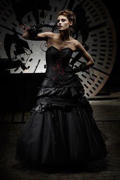 Schwarzes Brautkleid Gothic Mittelalter Ballkleid