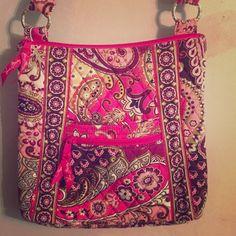 Vera Bradley Hipster Used twice. Paisley print. Vera Bradley Bags Crossbody Bags