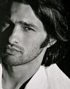 Oliver Martinez, still blushing when I think of him in the movie Unfaithful ♥