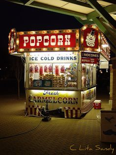 Carnival Food Stand @ Night - Tulip Time Festival - Holland, Michigan by… Circus Food, Carnival Food, Carnival Rides, Carnival Themes, Vintage Carnival, Circus Theme, Vintage Circus, Circus Party, Circus Aesthetic