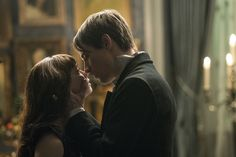 Jessica Barden as Justine/ Reeve Carney as Dorian Gray in Penny Dreadful Season 3 ep: Perpetual Night.