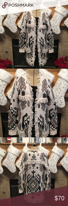 """CHASE TAPESTRY JACQUARD FRING OPEN CARDIGAN-NWT NEW WITH TAGS -CHASER TAPESTRY JACQUARD FRING OPEN CARDIGAN-SIZE SMALL-70% WOOL-30% NYLON-VERY SOFT-COLORS BLACK, GREY, TAN, GREEN ON CREAM-ARMHOLE DISTANCE IS ABOUT 34""""-LENGTH IS ABOUT 29""""-FRINGE IS ABOUT 2"""" Chaser Sweaters Cardigans"""