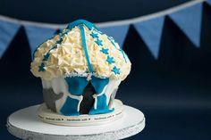 Time for the circus smash cake