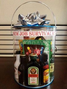 DIY New Job Survival Kit gifts for employees from boss Goodbye Gifts For Coworkers, Farewell Gift For Coworker, Farewell Gifts, Gifts For Boss, New Job Survival Kit, Survival Kit Gifts, Survival Food, Job Celebration, Moving Away Gifts