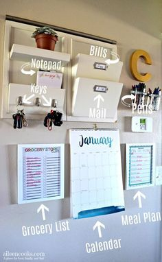 Parent Command Center for Busy Moms is part of Home command center Has clutter got you down Learn how to make your own functional family command center and stop feeling like an overwhelmed parent - Parent Command Center, Command Center Kitchen, Decor Room, Diy Home Decor, Room Decorations, College Door Decorations, Cheap Room Decor, Study Room Decor, Home Decor Hacks