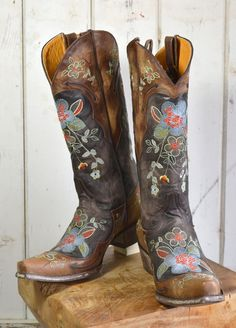 Old Gringo Bonnie Vesuvio Brass cowboy cowgirl Boots (L649-1) | The Gypsy Wagon -- this place has quite a few original boots you wont find at cavenders or sheplers