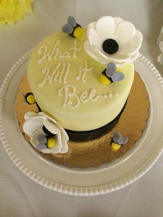 Gender neutral baby shower idea... Let them eat cake!