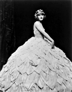 Mary Eaton, 1920s. Her dress is from Heaven.