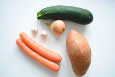 KEVYT KASVISSOSEKEITTO | Reseptinurkka Zucchini, Up, Vegetables, Food, Essen, Vegetable Recipes, Meals, Yemek, Veggies