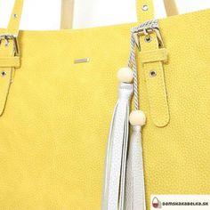Novinka od Riccaldi. Michael Kors Jet Set, Tote Bag, Bags, Fashion, Handbags, Moda, Fashion Styles, Totes, Fashion Illustrations