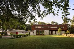 The Stonington Residence- A  Renovated and Restored Historic House, Stonington, ConnecticutDesignRulz21 June 2014The Stonington Residence, is a recently renovated and restored historic house by Joeb Moore. Sited between 300 feet of waterfr... Architecture