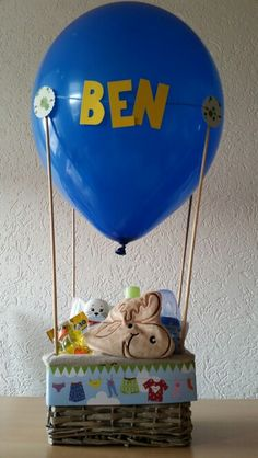 27 ideas for baby geschenk geburt ballon Baby Party, Baby Shower Parties, Birth Gift, Baby Presents, Diy Baby Gifts, Diy Projects To Try, Yule, Little Gifts, Baby Love