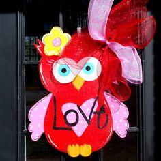 Valentine Door Hanger, Owl Door Hanger, Valentines Day Door Decor, Valentine Decor. $45.00, via Etsy.