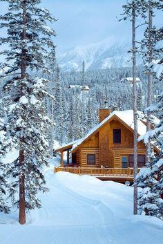 Mountain Cabin, Lake Tahoe photo via camilla. A cabin at Lake Tahoe . a dream come true I hope! Winter Cabin, Cozy Cabin, Snow Cabin, Winter Snow, Cozy Winter, Winter White, Design Rustique, Log Cabin Homes, Log Cabins