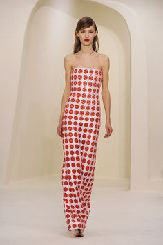 Couture Week Fugs and Fabs: Christian Dior Christian Dior : Runway- Paris Fashion Week - Haute Couture S/S 2014 – Go Fug Yourself