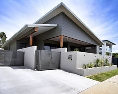 We have a new design snippet live on our website. This one by the incredible talented Mackay-based building design firm Interior Cladding, House Cladding, Facade House, Cladding Ideas, Wall Cladding, Brisbane Architecture, Australian Architecture, Architecture Design, Exterior House Colors