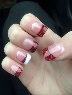 Red Christmas acrylic nails – would be cute with any color for everyday nails