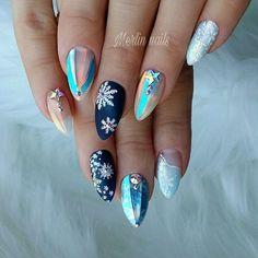 @Regranned from @merlin_nails - ❄❄☄❄ #edukacja #obuka #style #obukazanokte #novisad #beograd #gel #gelnails #nail #nails #nailstagram #nailsofinstagram #notpolish #manicure #artnails #fashionnails #nailart #instanails #nailporn #nokti #fashion #pointynails #opal #glitter #glitterme #glitternails - #regrann