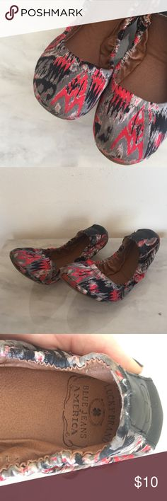 Lucky Brand flats size 7 Cute and colorful flats! Used. Super comfortable Lucky Brand Shoes Flats & Loafers