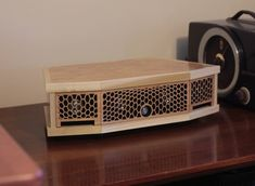 Handmade Wooden Speaker with Bluetooth and inputs Bluetooth Speaker Box, Desktop Speakers, Basic Electronic Circuits, Electronic Circuit Projects, Wooden Speakers, Big Speakers, Homemade Speakers, Diy Boombox, Custom Computer Case