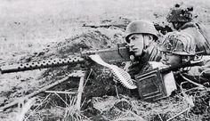 Fallschirmjäger with a captured American Browning M1919, .30 Calibre