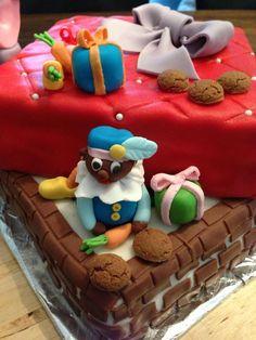 Sinterklaas taart met pepernoten-toffeevulling. Holland, Cupcake Cookies, Cupcakes, Saint Nicolas, Cake & Co, Cakepops, Cakes And More, Beautiful Cakes, Gingerbread Cookies